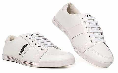 Un bon point à utiliser est d acheter la plus grande taille de chaussure  qu une personne peut travailler avec. Par exemple, une personne dont les  pieds ... c13b2052fff2